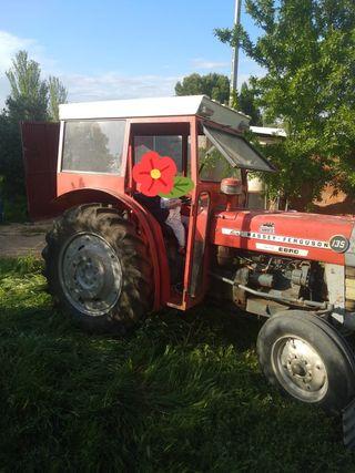 Se vende tractor, vibradora y desbrozadora