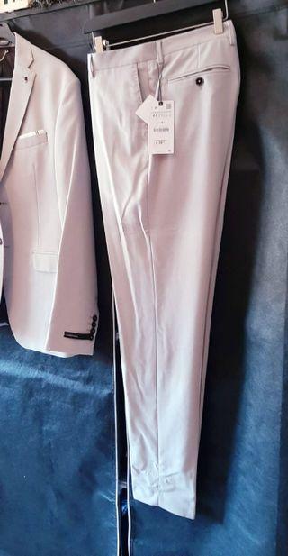 Americana+ pantalón Zara