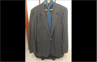 Americana fashion hombre Talla S y GRATIS corbata