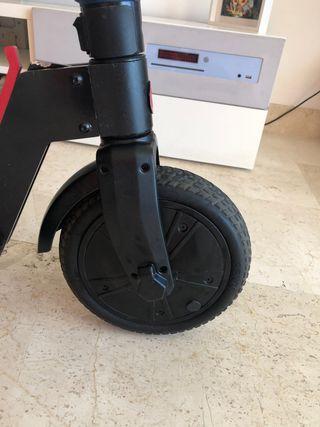 Scooter GOTRAX Plegable TT-EL-851 ruedas macizas