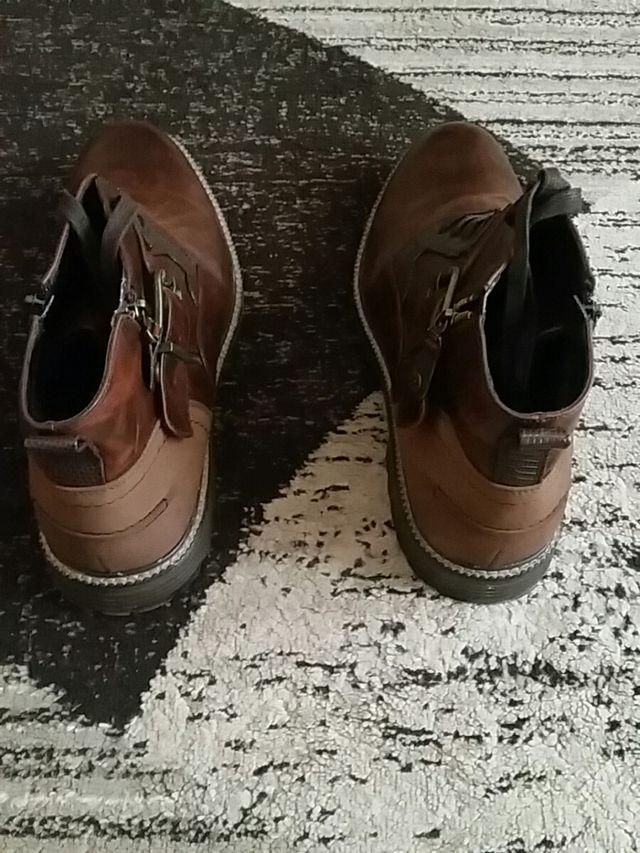 boots Venice.