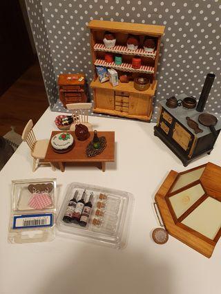 Muebles casa de muñecas