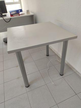 Mesa blanca cuadrada de oficina de 0,80 x 0,80 m