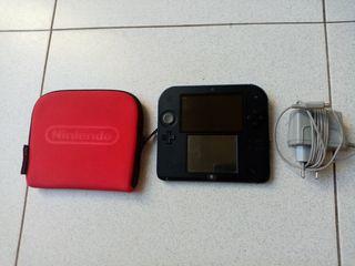 Nintendo 2DS con lote de juegos