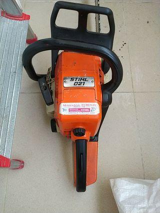 motosierra STIHL 021