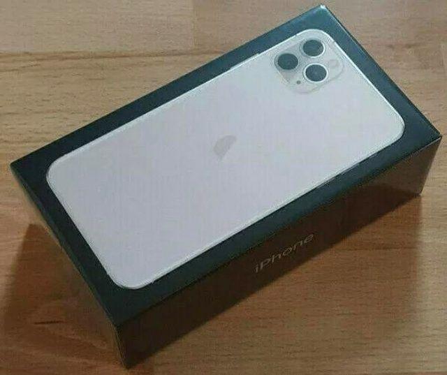 iPhone 11 pro max 256gb brand new