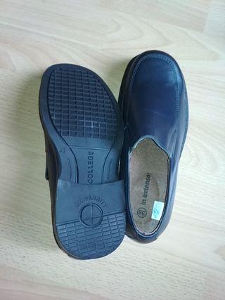 Zapatos piel colegio T36. Nuevos.
