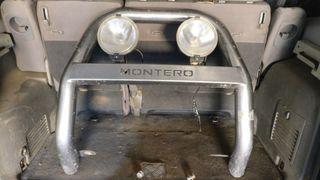 Defensa Mitsubishi Montero