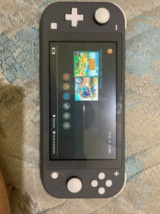 Nintendo switch lite con juego