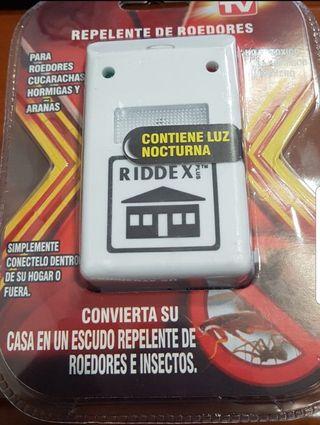Enchufe Riddex Antiplagas