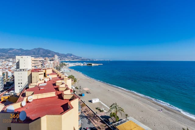 Encantador Piso frente al mar (Fuengirola, Málaga)