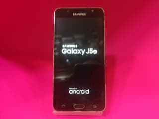 Samsung galaxy J5 06 16GB 2GB RAM