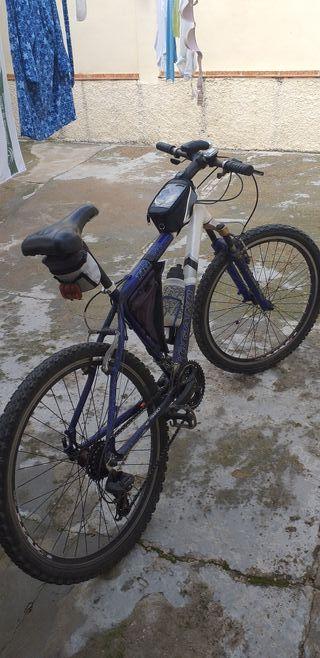 vicicleta de montaña
