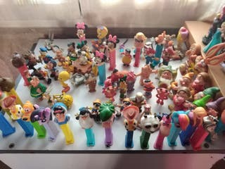 diferentes muñecos, diferentes precios