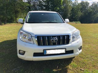 Toyota Land Cruiser 150 2011