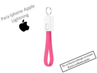Cable cargador llavero lightning Iphone apple rosa