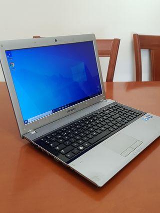 PORTÁTIL SAMSUNG RV511 i5 8GB RAM 1Tb HDD R2058
