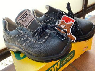 Zapatos de trabajo talla 37
