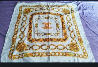 pañuelo vintage de seda nuevo