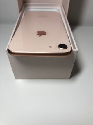 Rose Gold IPhone 8 in Excellent Conditon