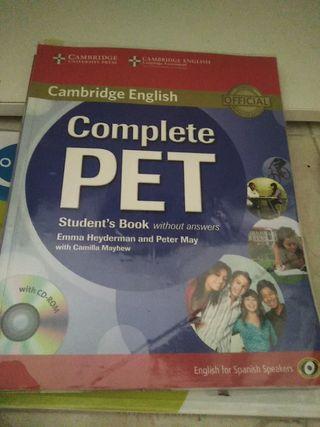 libro Cambridge English complete Pet