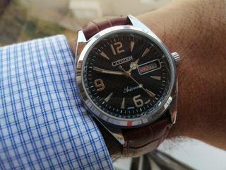 Reloj automático Citizen.