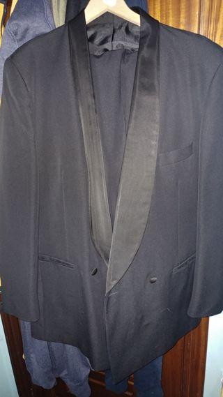 Traje chaqueta/pantalón talla 56