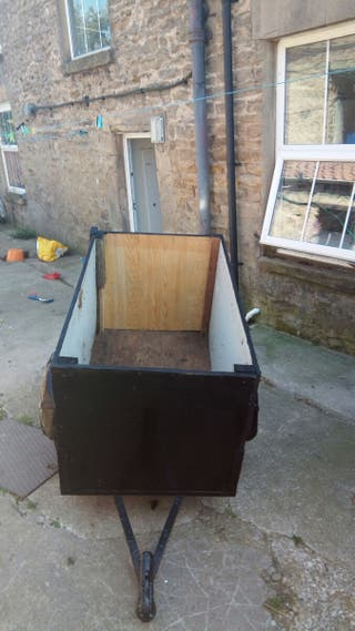 4ft trailer for sale 100 can deliver co. Durham