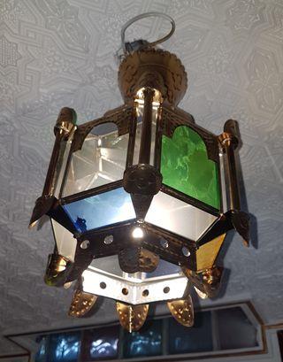 lámpara estilo árabe