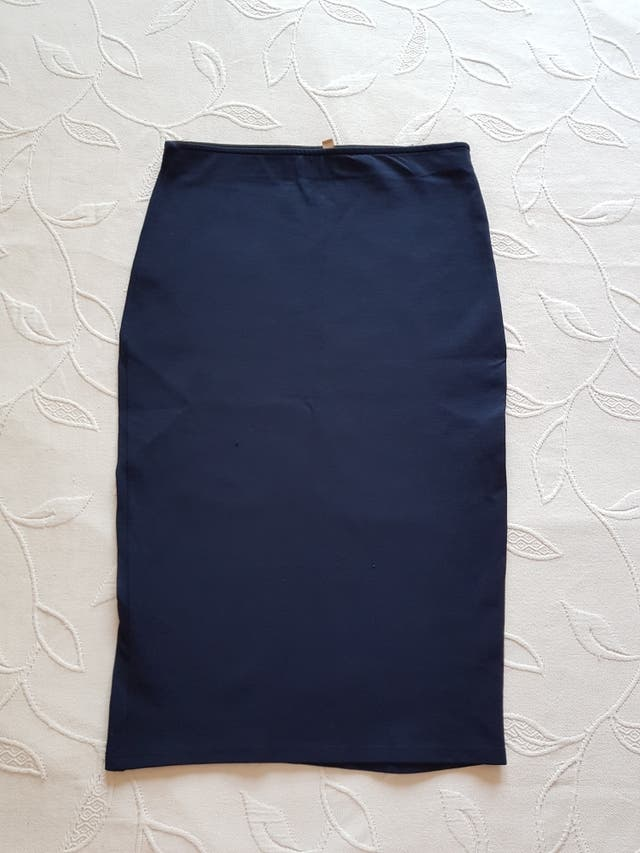 Falda elástica Zara talla M