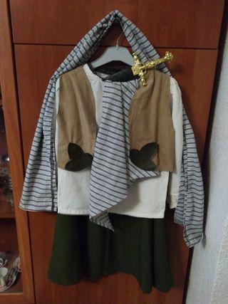 Disfraz de niña de pirata bucanera.