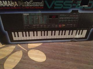 Órgano teclado sintetizador Yamaha VSS-200