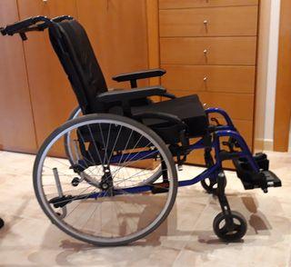 Cadira de rodes INVACARE ACTION 3