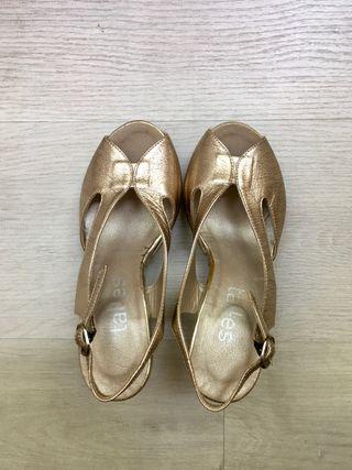 Sandalias de tacón talla 33