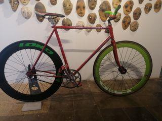 bici Peugeot pasada a piñón fijo
