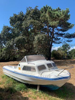 Barco con motor 4T Honda 45cv