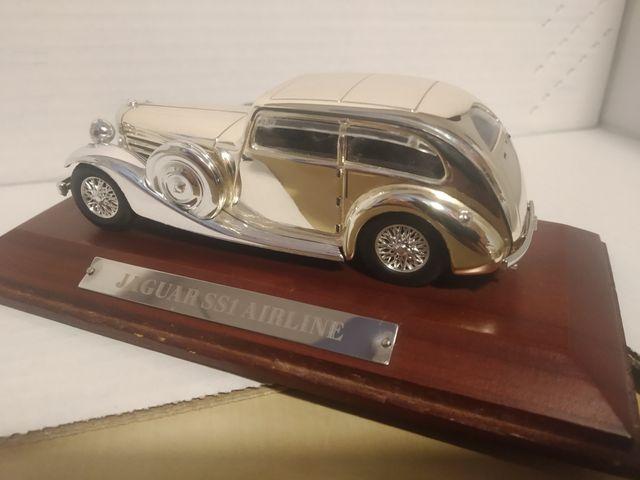 coche colección Jaguar SS1 cromado 1:43