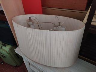 lámpara de techo blanca