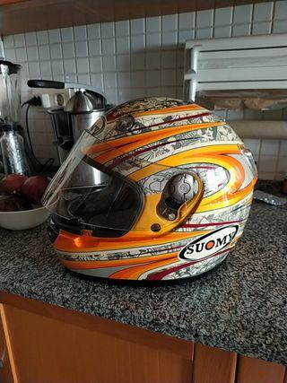 casco de moto suomy
