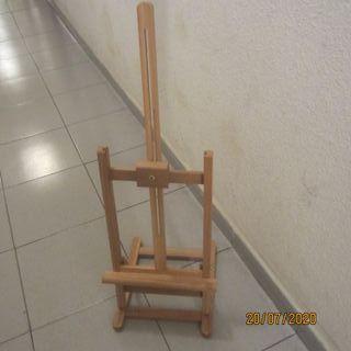 Caballete de mesa de madera