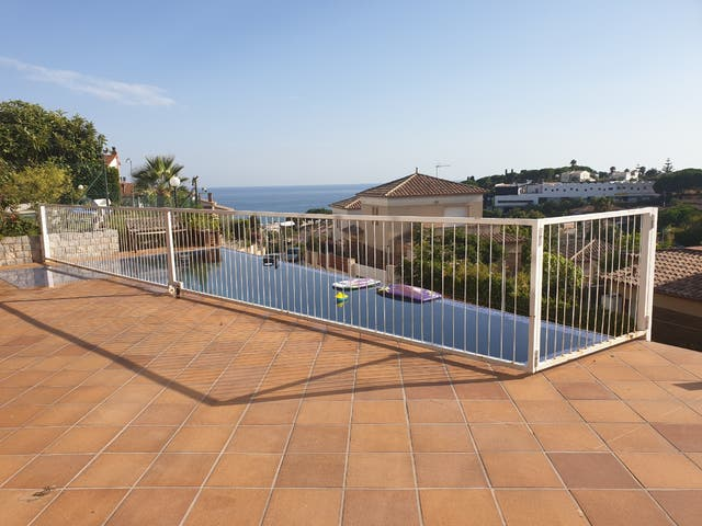 valla proteccion piscina
