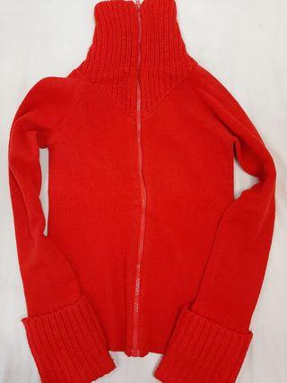 chaqueta roja entallada de abrigo