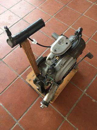 Motor vespa 150