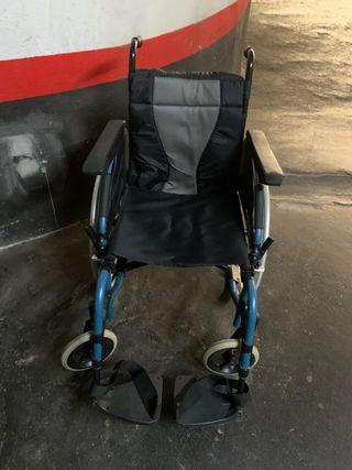 Vendo silla ruedas invacare action 3