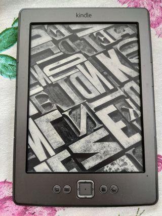 Kindle 4 Ebook Reader de Amazon