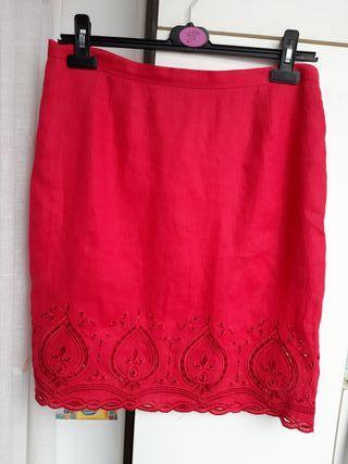 Falda de Punto Roma. Muy bonita, en color fresa. D