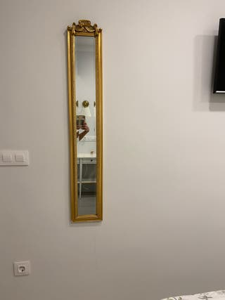 Espejo de pared dorado en madera de paulonia