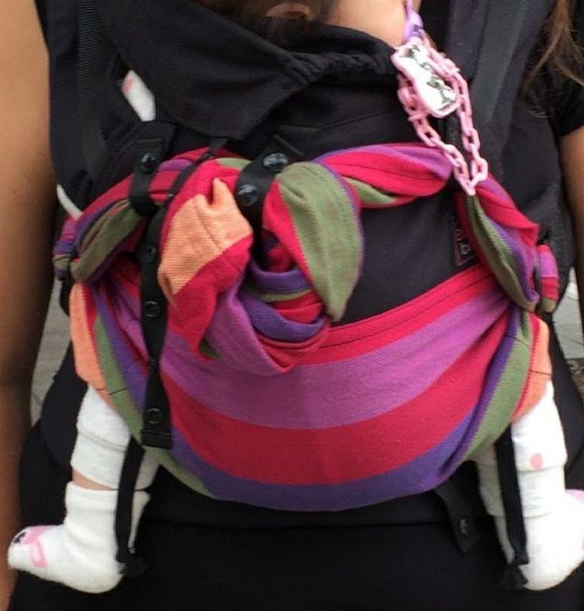 mochila portabebé Emeibaby
