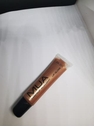 mua lip gloss (shade 3)