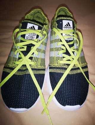Zapatillas Adidas. Talla 41